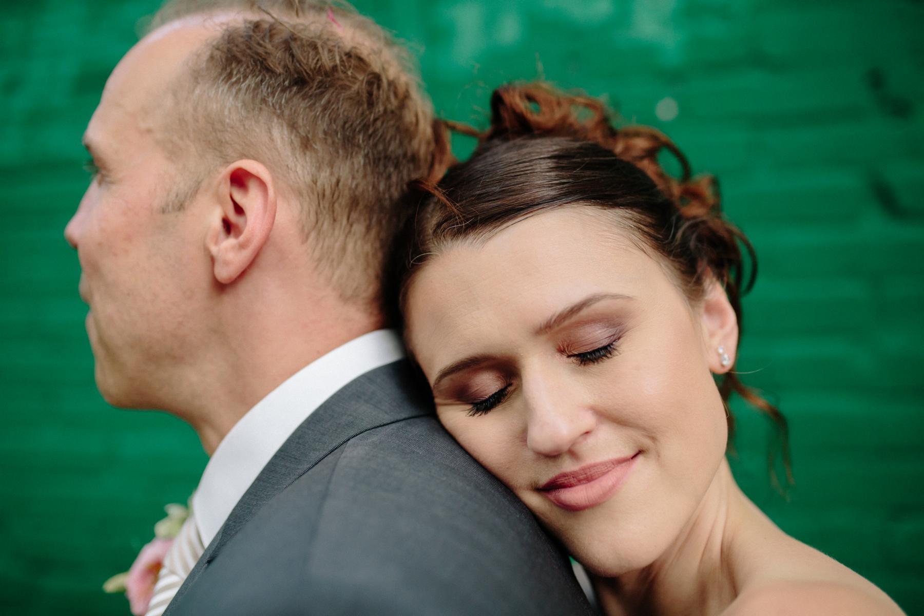 Brautpaar beim Paarshooting in Berlin
